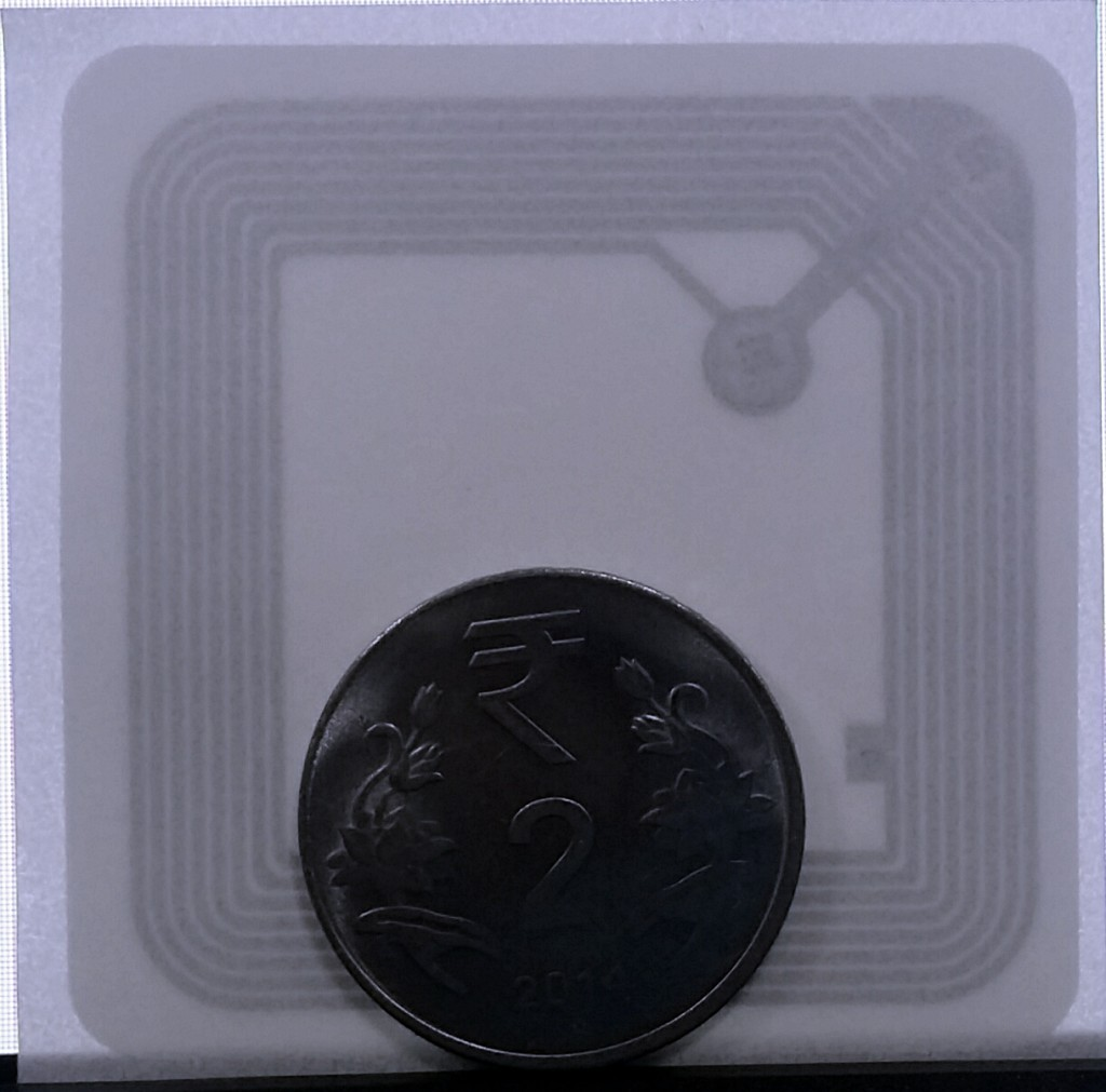 Topaz 512 NFCTag - Compared with a₹2.0 coin.